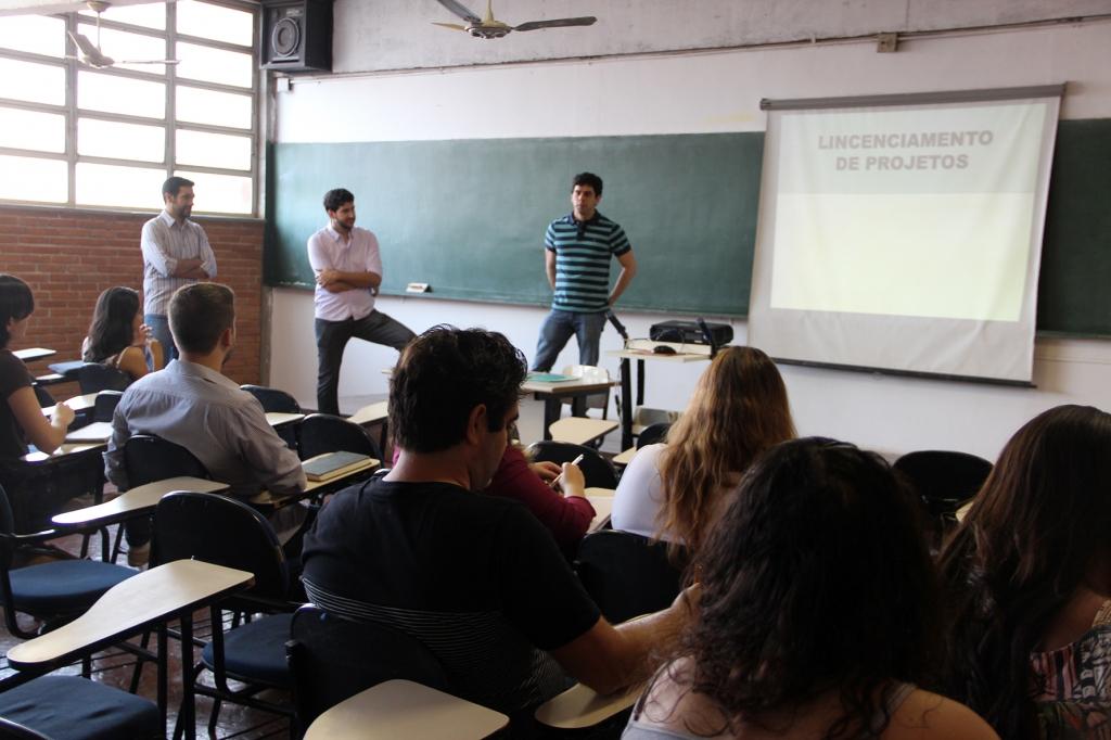 curso-atualizacao-profissional-aprovacao-licenciamento