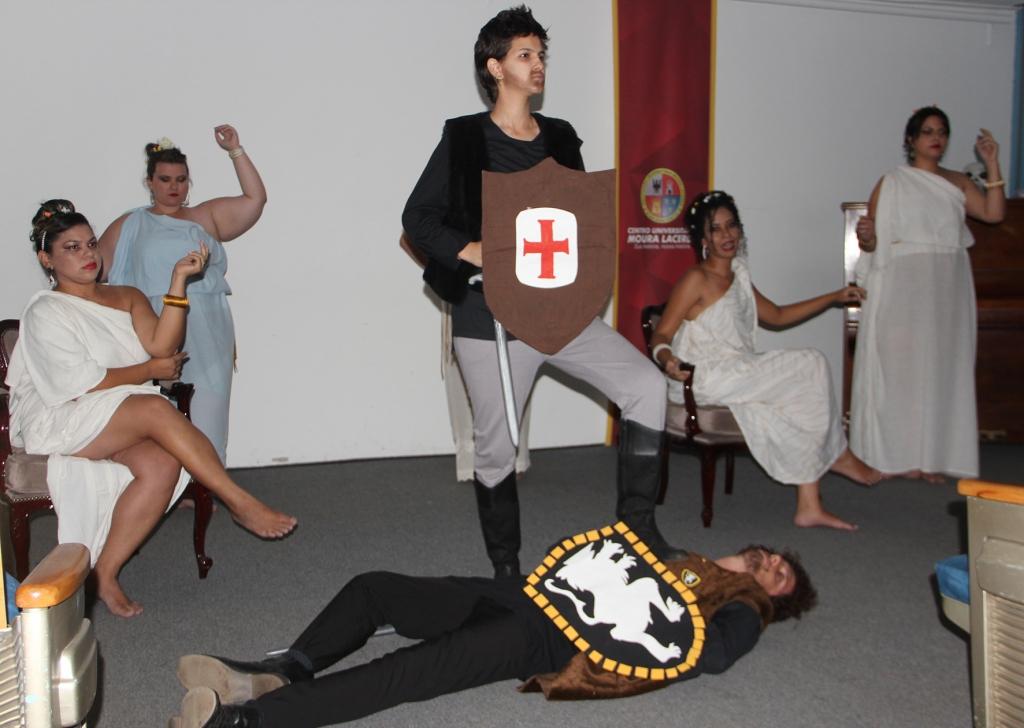 moura-lacerda_sarau-literario-curso-letras-5