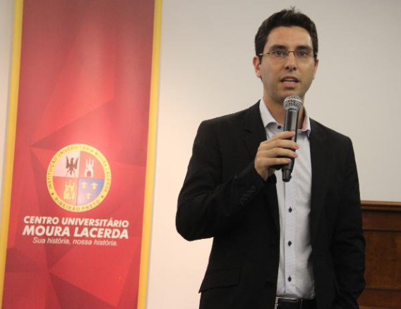 palestra_everton-gomes_economista-santander-3