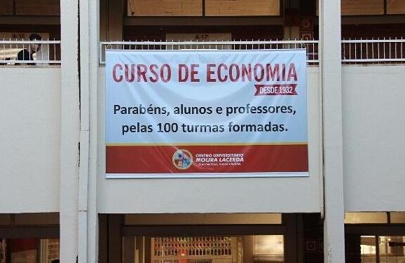 palestra_everton-gomes_economista-santander-4