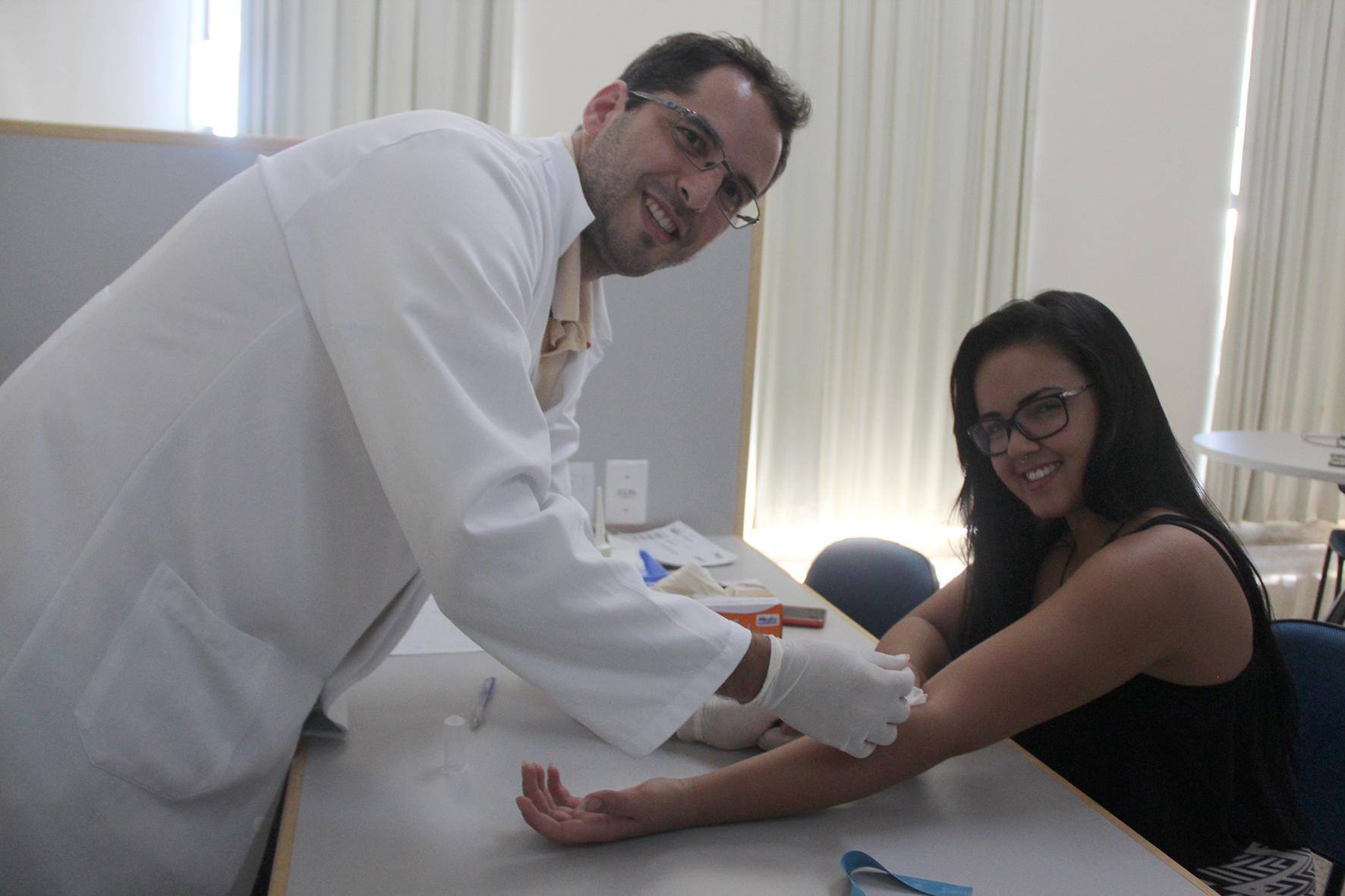 Campanha de doação de medula óssea recebe mais de 100 cadastros no Moura Lacerda