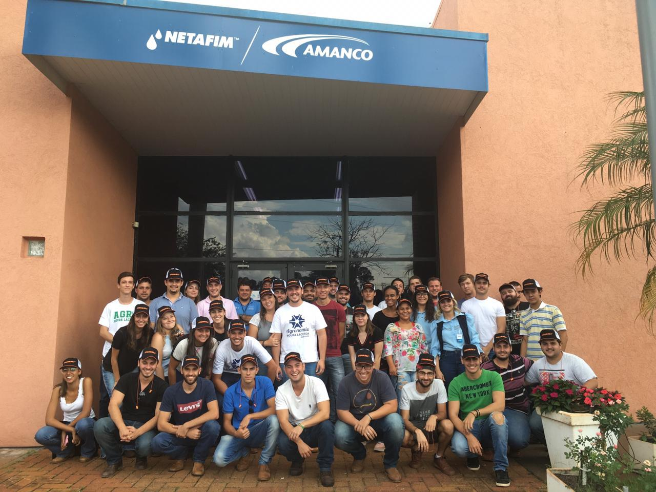 Alunos de Agronomia visitam as fábricas da Netafim e Wolf Seeds