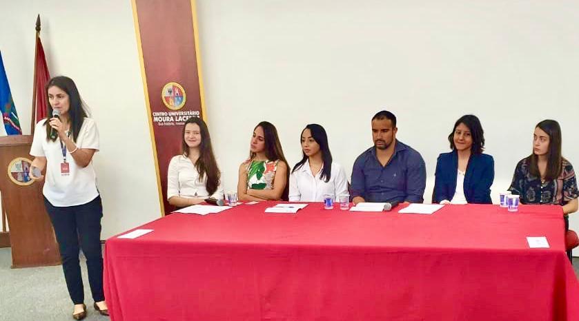 Alunos do 1º ano de Direito acompanham Audiências de Conciliação Simuladas